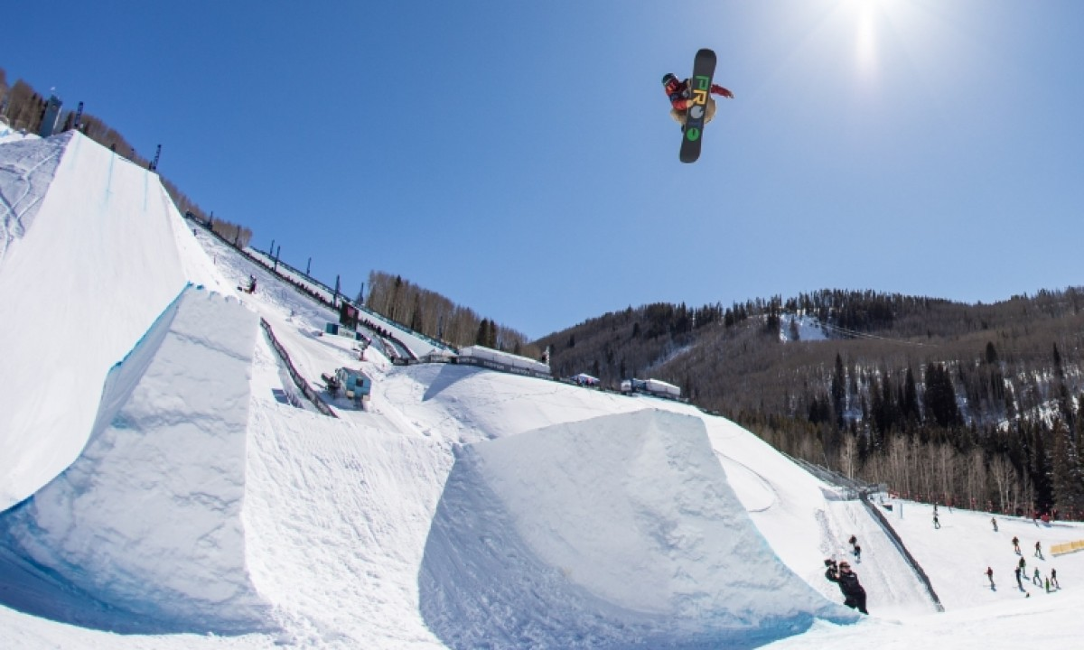 2018-2019 FIS Snowboard World Cup - Chris Corning - Snowboard