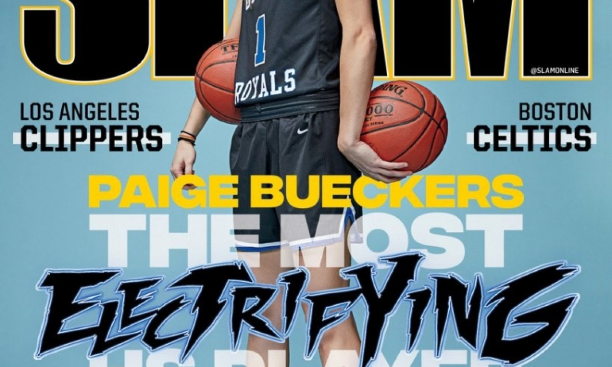2019 USA BASKETBALL FEMALE OF THE YEAR - PAIGE BUECKERS - UCONN